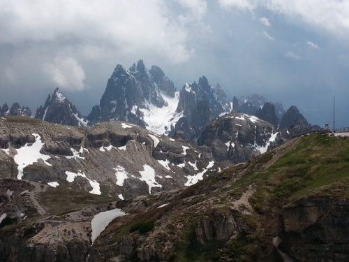 לרוץ בדולומיטים ולהשתכר מנוף ואוויר ההרים
